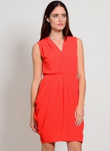 YAS V Yaka Kısa Elbise Kırmızı